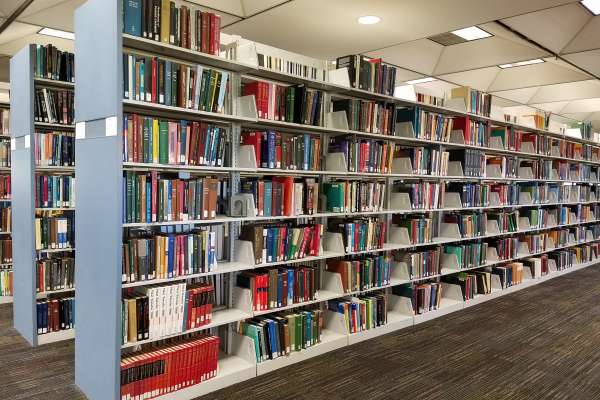 Books on the 4th floor of Marston Science Library